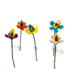 flower pinup