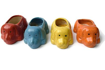 Ceramic pots dog